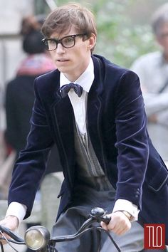 Eddie+Redmayne+On+the+Set /The Theory of Everything image from director James Marsh's adaptation of the Stephen Hawking memoir Travelling to Infinity, written by his wife Jane Hawking.