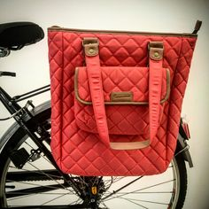 A laptop bag for bicycle. Brompton, Bike Accessories, Laptop Bag, Bicycle, Chanel, Shoulder Bag, Classic, Bags, Fashion