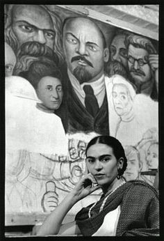 Lucienne Bloch - Frida in front of the Unfinished Unity Panel