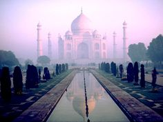 Agra, India ... Taj Mahal!