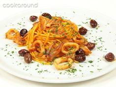 Tonnarelli con calamari e olive taggiasche: Ricette di Cookaround | Cookaround