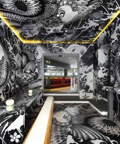 vincent coste inks japanese restaurant in france with yakuza tattoo motifs Arch Interior, Interior Architecture, Interior And Exterior, Interior Decorating, Deco Restaurant, Restaurant Design, Restaurant Interiors, Design Hotel, Bar Deco