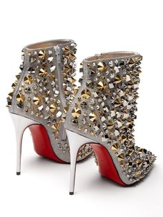 Christian Louboutin OFF!>> So Full Kate Christian Louboutin Studded Booties - High Heel Seek Stilettos, Stiletto Heels, Fashion Heels, Sneakers Fashion, Men's Fashion, Fashion Outfits, Red Bottom Shoes, Christian Louboutin Outlet, Heels Outfits