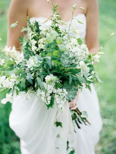 Greenery wedding bouquets are one of the hottest wedding trends in and they really bring a fresh touch to any bridal look. Such bouquets are suitable for woodland, rustic, vintage and any type of outdoor wedding. 2015 Wedding Trends, Wedding 2015, Green Wedding, Floral Wedding, Wedding Flowers, Romantic Flowers, Whimsical Wedding, Wedding White, Bouquet Bride