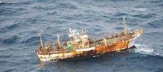 Barco japonés arrastrado por el tsunami detectado más de un año después - Japanese boat washed away in tsunami spotted more than a year later
