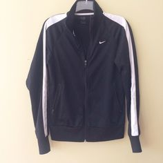 BLACK NIKE JACKET Medium has stretch    **bundles save 10%** no holds/no trades/no modeling/no asking for lowest Nike Jackets & Coats