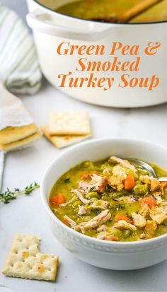 You've used dried peas for your green pea soup before, but have you tried WHOLE GREEN PEAS with a smoked turkey wing? Makes the BEST, easy homemade soup. Pea Recipes, Chili Recipes, Turkey Recipes, Dried Green Peas Recipe, Smoked Turkey Wings, Easy Homemade Soups, Dry Beans Recipe, Green Pea Soup, Turkey Soup