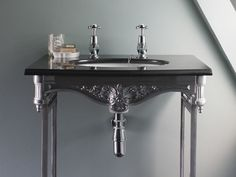 Basins & washstands