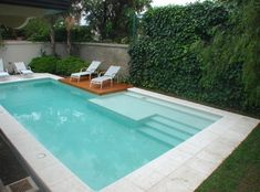 The presence of a swimming pool in a house is not only a compliment. More than that, the swimming pool is also a means for its owners to unwind. If you want to bring a swimming pool at home, no nee… Swiming Pool, Small Swimming Pools, Small Pools, Swimming Pools Backyard, Swimming Pool Designs, Backyard Pool Landscaping, Backyard Pool Designs, Small Backyard Pools, Outdoor Pool