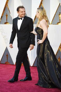 Leonardo DiCaprio and Kate Winslet at the Oscars 2016 | POPSUGAR Celebrity