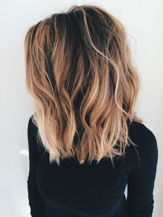Highlight ABC: What do the hair color trends Balayage, Sombré & Co mean? - Marleen - - Strähnchen-ABC: Das bedeuten die Haarfärbe-Trends Balayage, Sombré & Co! brunette brown and blonde - Lob Hairstyle, Long Bob Hairstyles, Short Haircuts, Hairstyle Ideas, Haircuts For Medium Length Hair, Trending Hairstyles, Lob Haircut Thick Hair, Hairstyles 2018, Haircut Short