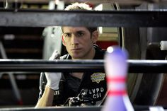 Born: July 24, 1975 (age 38) Eric Kyle Szmanda is an American actor. He portrays Greg Sanders in the CBS police drama CSI: Crime Scene Investigation, a role he has held since the show began in 2000.