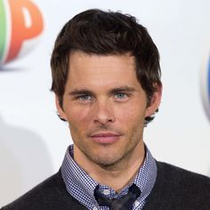 James Marsden aka Cyclops (XMen) was once a VERSACE MODEL! no wonder he looked hot!