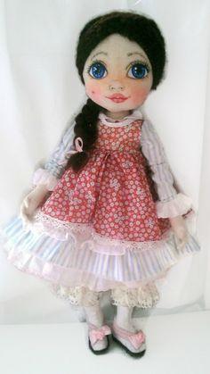 Unique art cloth dolls, handmade fabric dolls by KamomillaDesign Handmade Dolls, Fabric Dolls, Cotton Lace, Unique Art, Doll Clothes, Etsy Seller, Textiles, Hand Painted, Wool