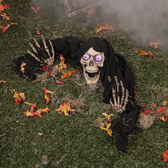 La mort qui surgit du jardin pour Halloween