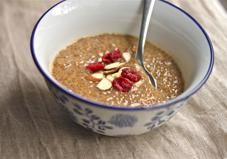 Want a delicious dessert you can dig in for seconds, or maybe even thirds, without the guilt? This chia seed pudding is it!