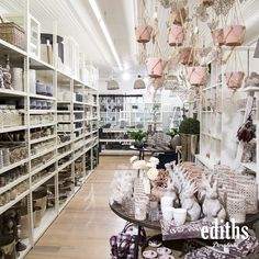 Source by ediths_ More.fischers-location … Goods and home decor from far away countries Business also in …Shopping Guide Haarlem – my most beautiful shops for you (jam)Town & Country Home Scandinavian Interior Warm Spring, Spring Day, Home Fashion, Square Baskets, Door Fittings, Interiors Online, Town And Country, Scandinavian Interior, House Design