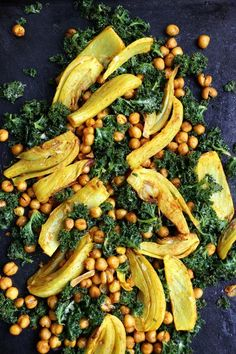 Roasted Fennel, Chickpeas and Kale Salad - replaced lemon juice with soy & rice vinegar, and served with quinoa.Turmeric Roasted Fennel, Chickpeas and Kale Salad - replaced lemon juice with soy & rice vinegar, and served with quinoa. Fennel Recipes, Kale Salad Recipes, Vegetable Recipes, Vegetarian Recipes, Healthy Recipes, Kale Salads, Fennel Ideas, Warm Kale Salad, Sweets