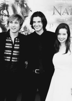 William Mosley, Ben Barns and Anna Popplewell The Chronicles of Narnia. I miss when they still made movies like this and not about all this junk they make all the movies about now. Half the movies I can't or won't go see because of all the nasty stuff they fill it with:(
