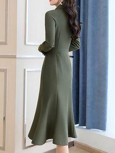 Midi Dress Work, Green Midi Dress, Long Sleeve Midi Dress, Dress Skirt, Modest Dresses, Simple Dresses, Casual Dresses, Formal Dresses, Iranian Women Fashion