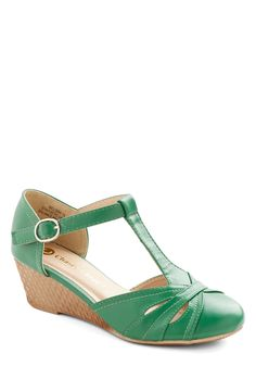 Weave Nothing to Chance Wedge in Emerald, #ModCloth