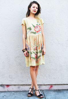 Vintage Sheer Yellow Beaded Dress op Etsy, 206,95€