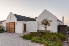 http://www.msarchitects.co.za/projects/residential/?projectType=2 Cottage Renovation, House Extensions, Modern Farmhouse, Exterior, Cape Dutch, Projects, Building, Outdoor Decor, House Design