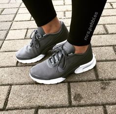 Nike Air Max Jewell // Foto: mrs.pebbles  Instagram