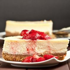 new york cheesecake, rich and thick!