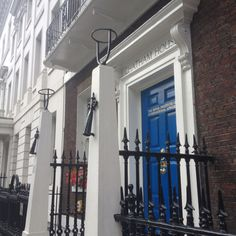 Chatham House, Number 10 St James's Square, London. William Pitt the Elder lived here berween 1757 and 1761, so William (the Younger) probably spent time here in his infancy.