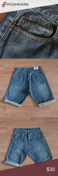 """Burberry London cut off Jean Shorts Sz 32 Nice Burberry London cut off Jean Shorts. This was a regular length Jeans cut to shorts and are not hemmed. Size 32R. Laying flat: waist- 15.5"""" slightly snug on waist, front rise- 12"""" inseam- 12"""" uncuffed. In overall good condition. Thank you. Burberry Shorts Jean Shorts"""
