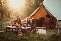 Glamping sessions in Northeastern Pennsylvania, by Kim Winey Photography  #glamping #boho #belltent #kimwineyphotography #outdoors #relaxed #memories #music #family #camping #beautiful Family Camping, Tent Camping, Outdoor Camping, Glamping, Camping Photography, Couple Photography, Lantern Image, Family Photos, Couple Photos
