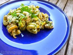 Veganer Thunfisch Nudelsalat mit Mais vegan tuna salad with corn http://www.kuechenmamsell.blogspot.de/2015/04/veganer-thunfisch-nudelsalat-mit-mais.html