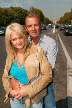 Bonnie Tyler & Robert Sullivan #bonnietyler #gaynorsullivan #gaynorhopkins #robertsullivan #thequeenbonnietyler #therockingqueen #rockingqueen #bonnietylerfrance #paris #love