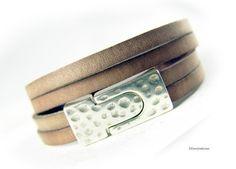 Damen Herren Armband Leder gewickelt hell antik von elfenstuebchen