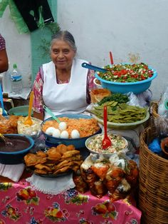 A pesar de lo dificil de la vida en Mexico, siempre hay una SONRISA..Oaxaca, Mexico