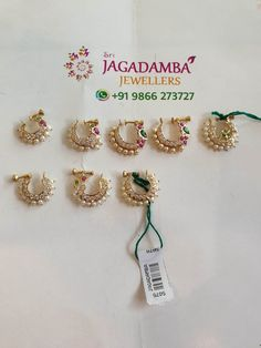 Nose Ring Jewelry, Jewelry Design Earrings, Gold Earrings Designs, Gold Jewellery Design, Bridal Jewelry Vintage, Indian Wedding Jewelry, Bridal Jewelry Sets, Nose Ring Designs, Choker
