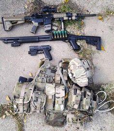 """(t) 3 tactical guns & gears of """"Walker"""""""