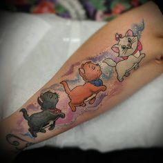 Cute little Aristocats Tattoo by Sim . Siblings Tattoo For 3, Sibling Tattoos, Sister Tattoos, Ink Tattoo, Real Tattoo, Cover Up Tattoos, New Tattoos, Aristocats Tattoo, Grandchildren Tattoos