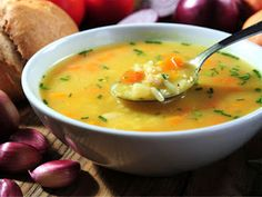 Slow Cooker Veggie Pot Pie Stew I would put in arrowroot instead of flour and another milk like almond for any phase sounds delisous - Comfort Food Recipes Crock Pot Recipes, Ww Recipes, Slow Cooker Recipes, Soup Recipes, Cooking Recipes, Healthy Recipes, Healthy Lunches, Detox Recipes, Recipies
