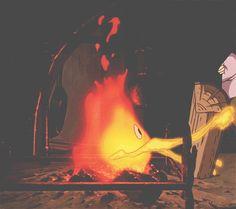 Calcifer fire demon from Mitazaki's Howl's Moving Castle. Hayao Miyazaki, Howl's Moving Castle, Art Studio Ghibli, Studio Ghibli Movies, Pixel Art Gif, Film Animation Japonais, Fire Demon, Tamako Love Story, Otaku