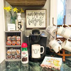 11 Diy Coffee Racks To Organize Your Morning Cup – Farmhouse Room - Rosemary Roblin - Coffee Stations Coffee Station Kitchen, Coffee Bars In Kitchen, Coffee Bar Home, Home Coffee Stations, Coffee Corner, Coffee Cup Storage, K Cup Storage, Coffee Mug Holder, Coffee Mugs