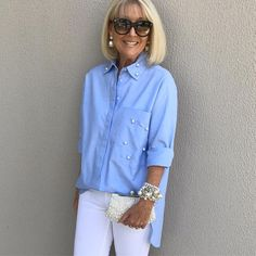 Pearly wishes to you birthday girl 🎉🎉🎉 Leanne celebrating in style with Pearls, Pearls & Pearls. White Jeans & Blue Oxford Shirt adorned with pearls from Over 60 Fashion, Fashion Over 50, Trendy Fashion, Fashion Looks, Mode Outfits, Chic Outfits, Fashion Outfits, Blue Oxford Shirt, Casual Chique
