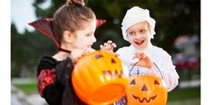 On Halloween kids get to dress up, eat candy, and carve pumpkins! But it can be hard for a child with a sensory issues. Here are 5 tips for a sensory-friendly Halloween. Halloween 2018, Halloween Cans, Halloween Haunted Houses, Halloween Season, Cool Halloween Costumes, Family Halloween, Easy Halloween, Halloween Decorations, Halloween Party