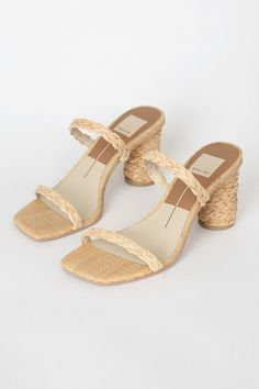 There's no need to hold back in the Dolce Vita Noles Light Natural Raffia High Heel Sandals! Natural raffia constructs a squared toe and slide-on silhouette. Cute Shoes, Me Too Shoes, Crazy Shoes, Types Of Shoes, Beautiful Shoes, Shoe Game, Summer Shoes, Fashion Shoes, Shoes Sandals
