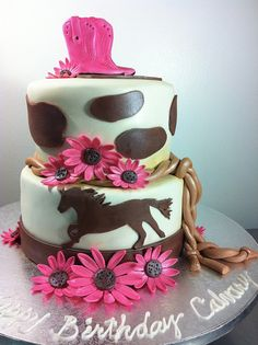 Cowgirl Cake ~ MY god daughter Jenica would love this cake. Pretty Cakes, Cute Cakes, Beautiful Cakes, Amazing Cakes, Cowgirl Cakes, Western Cakes, Fondant, Peacock Wedding Cake, Horse Cake