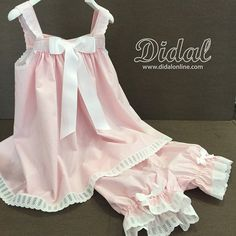 gostaria de ter os moldes Tween Fashion, Asian Fashion, Girl Fashion, Dresses Kids Girl, Little Girl Outfits, Outfits Niños, Pretty Lingerie, Kids Pajamas, Baby Sewing
