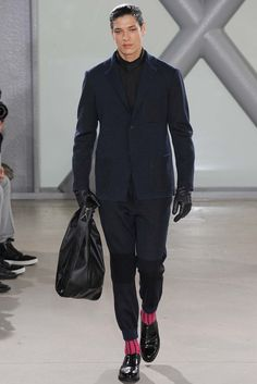 See the complete Issey Miyake Fall 2015 Menswear collection.