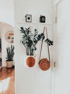 Room Ideas Bedroom, Bedroom Decor, Hallway Ideas Entrance Narrow, Modern Hallway, Entryway, Moraira, Piece A Vivre, Room Goals, Aesthetic Bedroom
