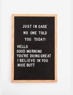 The Vintage Revivals inch classic black felt letterboard is perfect for the home, office or school! Display your favorite quotes, menu plans, bus Quotes Thoughts, Life Quotes Love, Quotes To Live By, Quotes Home, Daily Quotes, Home Sayings, Funny Quotes And Sayings, Funny Couple Quotes, Single Quotes Humor